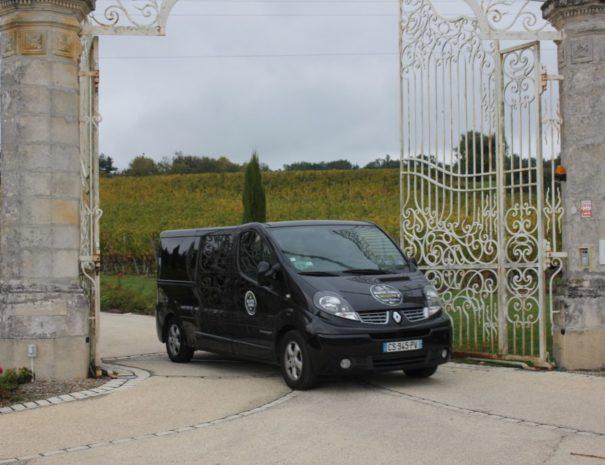 Rustic-Vines-Van